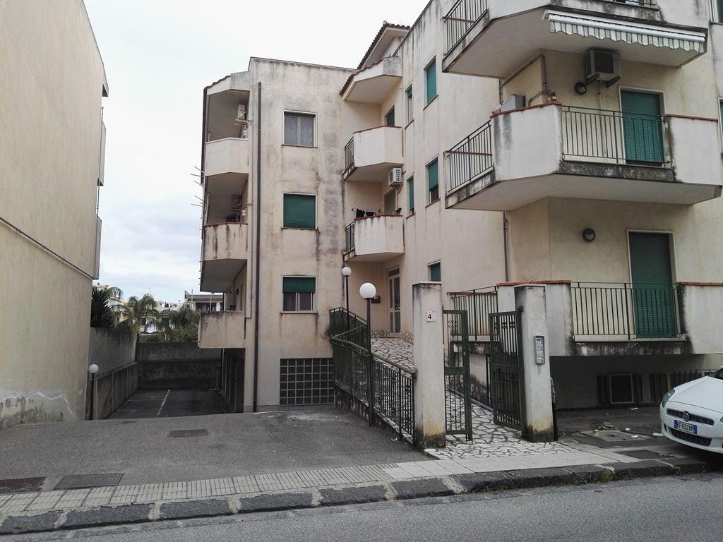 Trilocale in Via Sfameni 44, Frazioni: Scala, Torregrotta