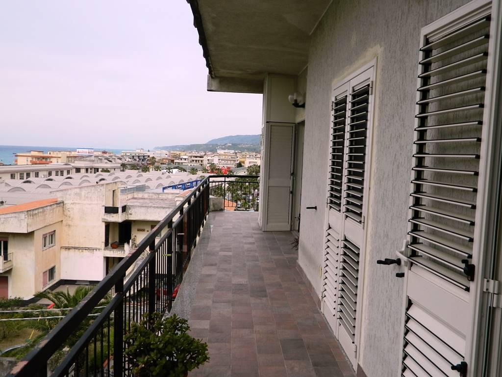 Messina annunci immobiliari di case e appartamenti nella for Volantino despar messina e provincia