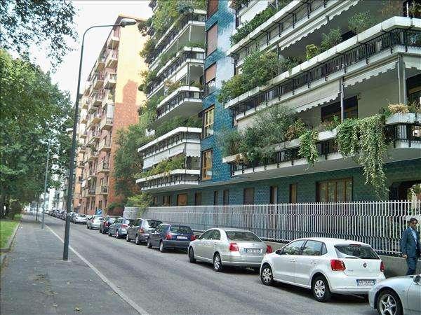 Case Bande Nere / Primaticcio / Inganni - Milano in vendita e in affitto. Milano cerca Casa ...