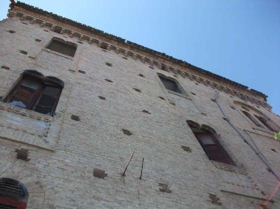Palazzo-stabile in Vendita Giulianova in provincia di Teramo