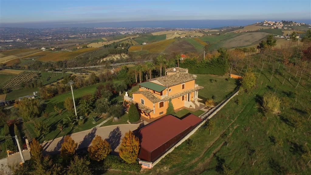 Villa-Villetta Vendita Morro D'Oro