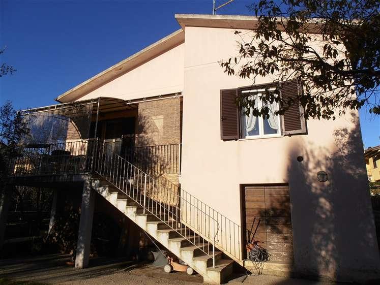 Casa Attico in Vendita a Foiano Della Chiana