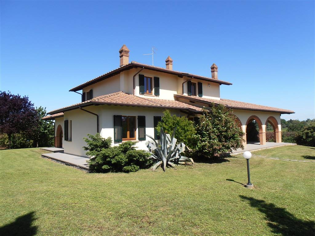 Villa-Villetta  in Vendita a Foiano Della Chiana