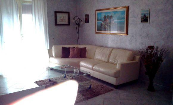 Appartamento in vendita a Latina, 4 locali, zona Zona: Semicentrale, prezzo € 165.000 | Cambio Casa.it