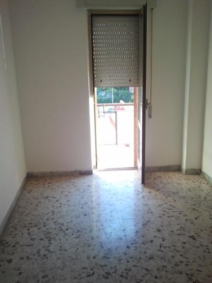 Appartamento in vendita a Latina, 4 locali, zona Zona: Semicentrale, prezzo € 240.000 | Cambio Casa.it
