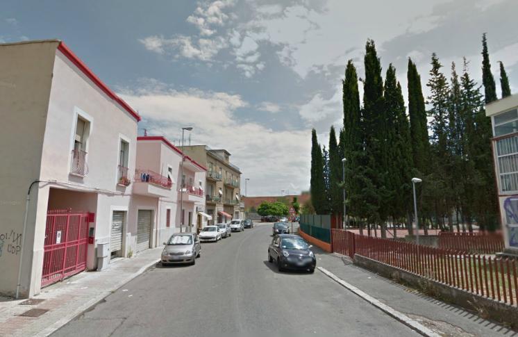 Magazzino in vendita a Latina, 9999 locali, zona Località: PICCARELLO-PIAZZA MORO, prezzo € 100.000 | Cambio Casa.it