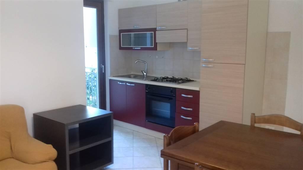 Appartamento in affitto a Latina, 2 locali, zona Località: STADIO, prezzo € 500 | Cambio Casa.it