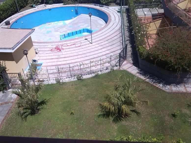 Attico / Mansarda in vendita a Sabaudia, 5 locali, zona Località: CENTRO RESIDENZIALE CAPROLACE, prezzo € 265.000 | Cambio Casa.it