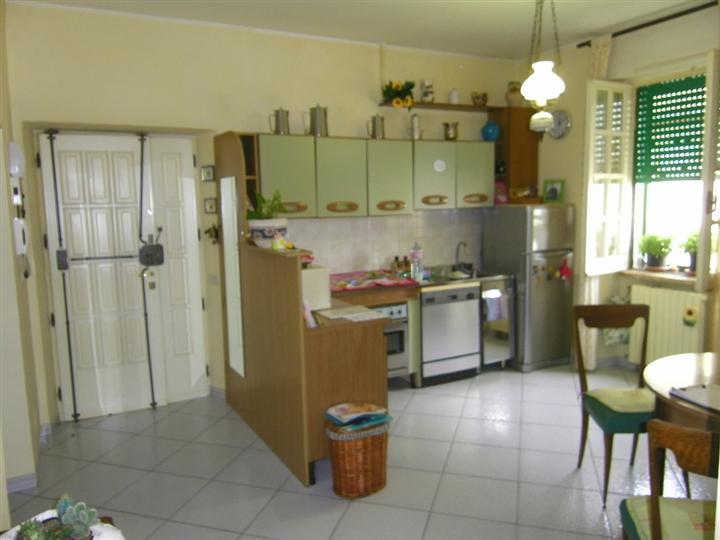 Appartamento in vendita a Latina, 4 locali, zona Zona: Centro storico, prezzo € 178.000 | Cambio Casa.it