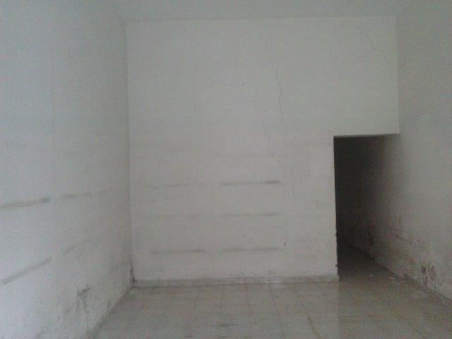 Negozio / Locale in affitto a Latina, 2 locali, zona Zona: Semicentrale, prezzo € 500 | Cambio Casa.it