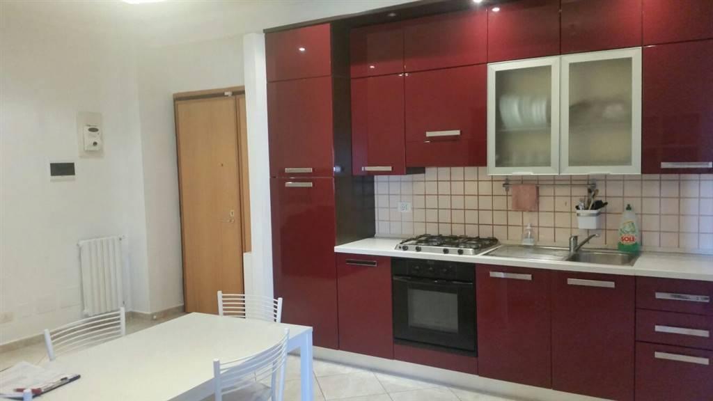 Appartamento in vendita a Latina, 2 locali, zona Zona: Centro storico, prezzo € 135.000 | Cambio Casa.it