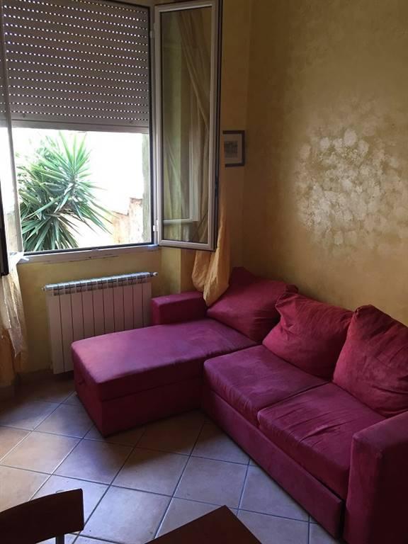 Appartamento in affitto a Latina, 2 locali, zona Zona: Centro storico, prezzo € 450 | Cambio Casa.it