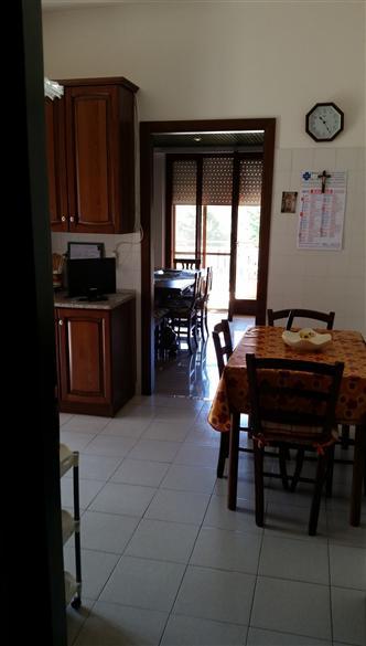 Appartamento in vendita a Latina, 7 locali, zona Località: CENTRALE, prezzo € 375.000 | Cambio Casa.it