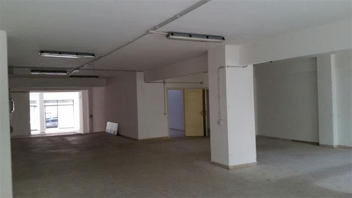 Attività / Licenza in affitto a Latina, 9999 locali, zona Zona: Centro storico, prezzo € 2.000 | Cambio Casa.it