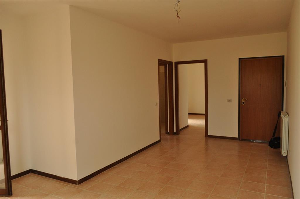 Appartamento in vendita a Latina, 3 locali, zona Località: Q4, prezzo € 150.000 | Cambio Casa.it