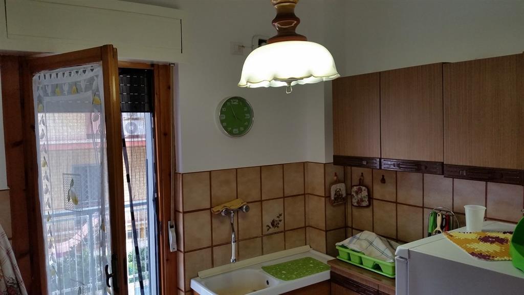 Appartamento in vendita a Sabaudia, 3 locali, prezzo € 128.000 | Cambio Casa.it