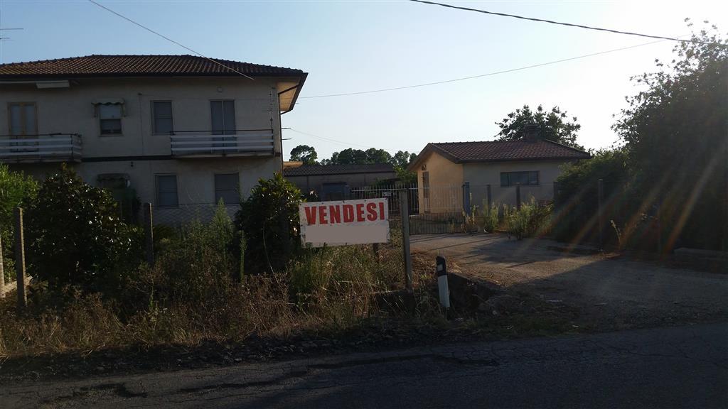 Rustico / Casale in vendita a Latina, 7 locali, zona Zona: Borgo Faiti, prezzo € 160.000 | Cambio Casa.it