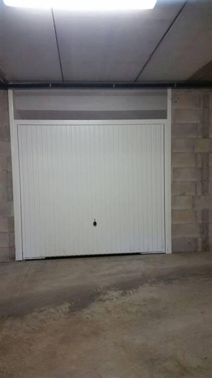 Box / Garage in vendita a Latina, 1 locali, zona Località: PICCARELLO-PIAZZA MORO, prezzo € 15.000 | Cambio Casa.it