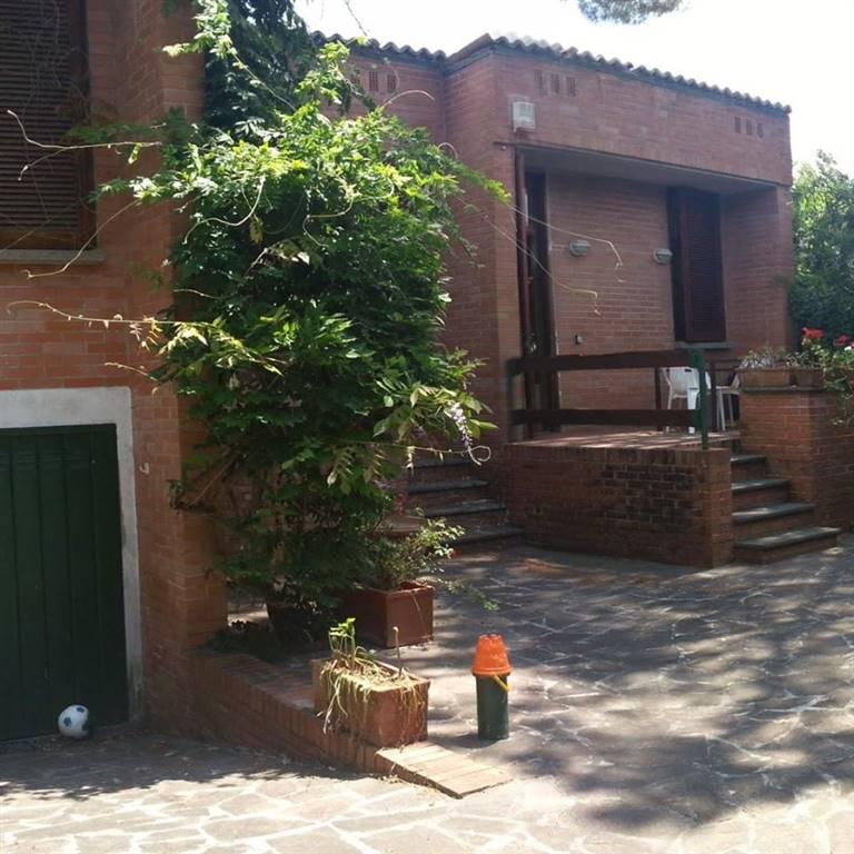 Villa in vendita a Latina, 4 locali, zona Zona: Borgo Sabotino, prezzo € 240.000 | Cambio Casa.it
