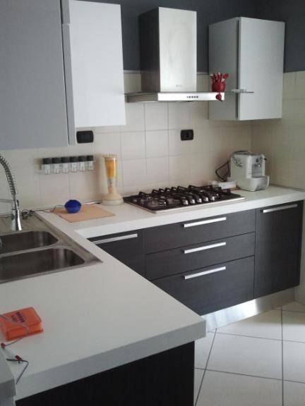Appartamento in affitto a Latina, 4 locali, zona Zona: Borgo Faiti, prezzo € 450 | Cambio Casa.it
