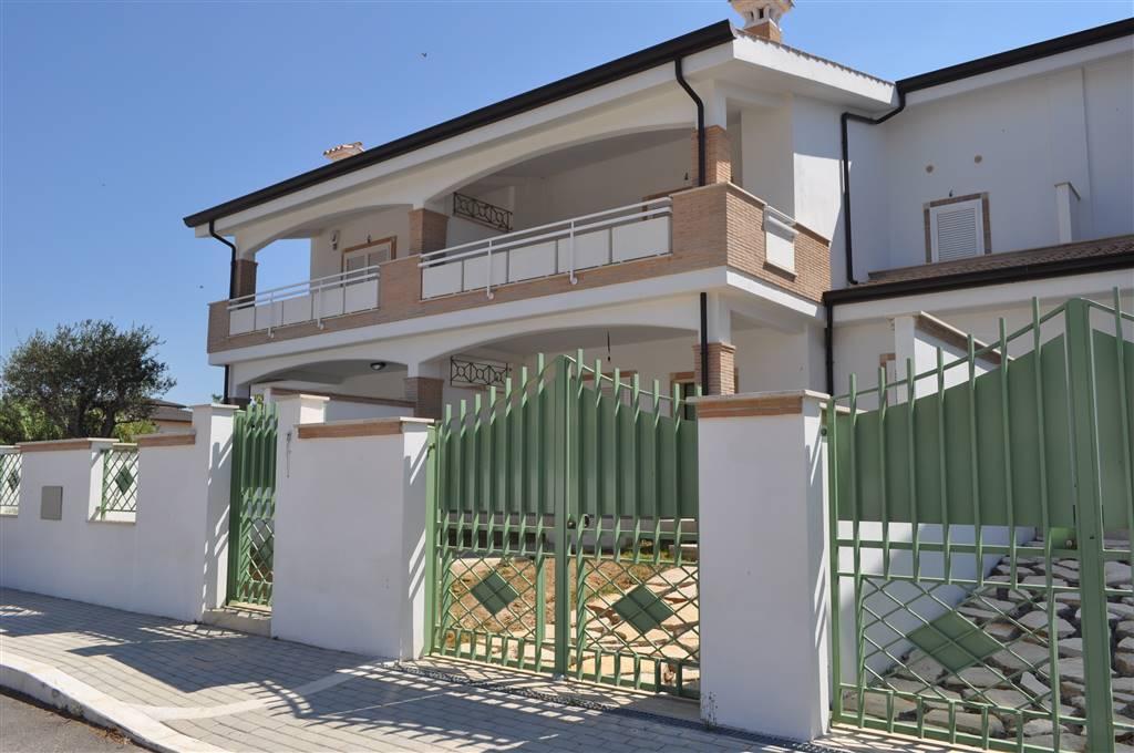 Villa-Villetta  in Vendita a Anzio