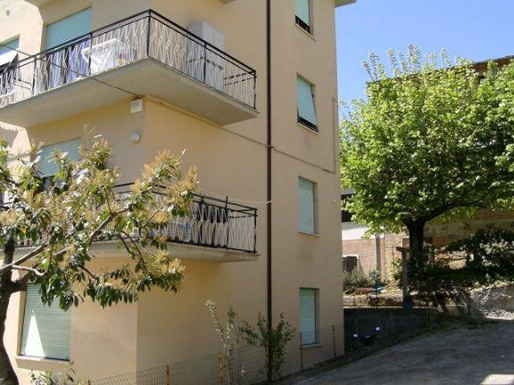 Appartamento vendita CHIANCIANO TERME (SI) - 4 LOCALI - 80 MQ