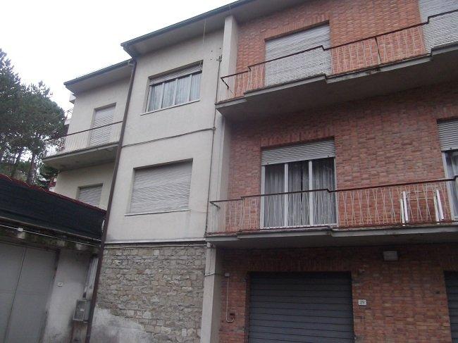 Casa Indipendente vendita CHIANCIANO TERME (SI) - 7 LOCALI - 380 MQ