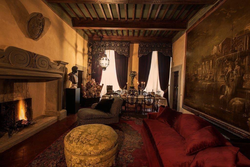 Palazzo-stabile Vendita Cortona