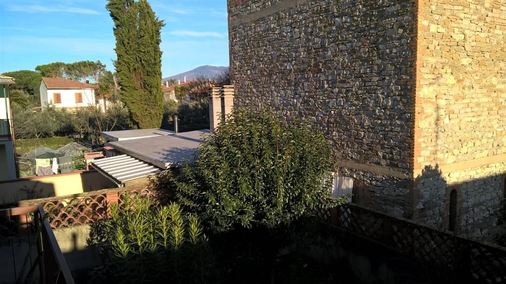 Negozio / Locale in vendita a Prato, 2 locali, zona Zona: San Giorgio a Colonica, prezzo € 98.000 | CambioCasa.it