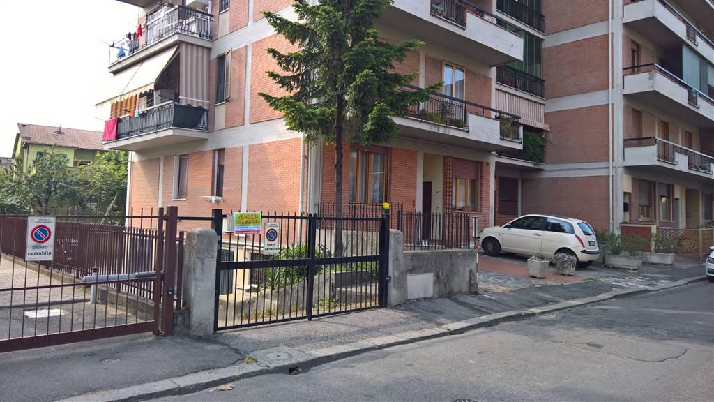 Box / Garage in vendita a Campi Bisenzio, 1 locali, zona Località: CIMABUE-R.SANZIO, prezzo € 23.000   CambioCasa.it