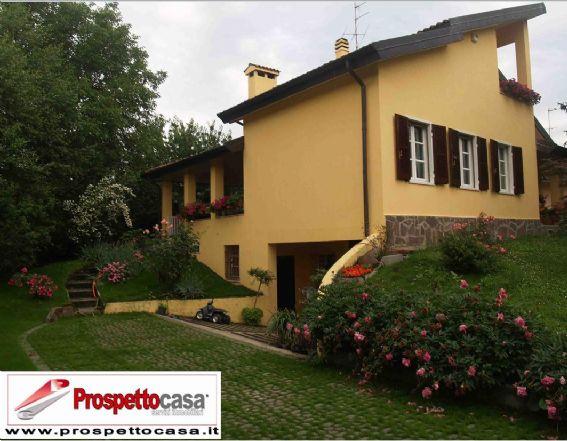 Villa in vendita a Trezzano sul Naviglio, 6 locali, prezzo € 750.000 | Cambio Casa.it