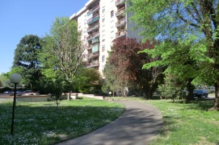 Appartamento in Vendita a Corsico: 2 locali, 75 mq