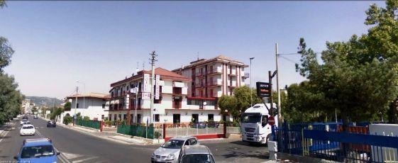 Foto - Attivita' Commerciale In Vendita Pontecagnano Faiano