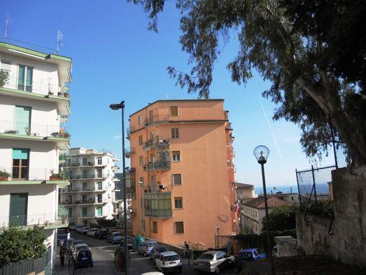 Appartamento in vendita a Salerno, 7 locali, zona Zona: Carmine,  | Cambiocasa.it