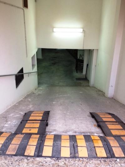 Foto - Garage In Vendita Bellizzi