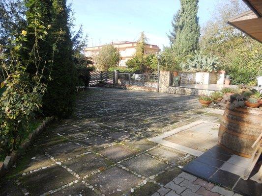Villa in vendita a Fisciano, 6 locali, zona Località: PIZZOLANO, prezzo € 470.000 | CambioCasa.it