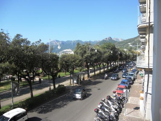 Ufficio / Studio in vendita a Salerno, 8 locali, zona Zona: Centro, Trattative riservate | Cambiocasa.it