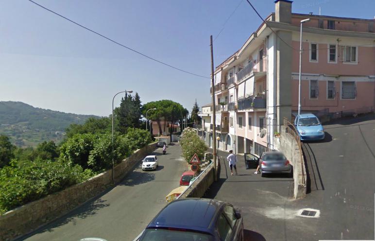 Negozio / Locale in vendita a Salerno, 1 locali, zona Zona: Ogliara, prezzo € 125.000 | CambioCasa.it