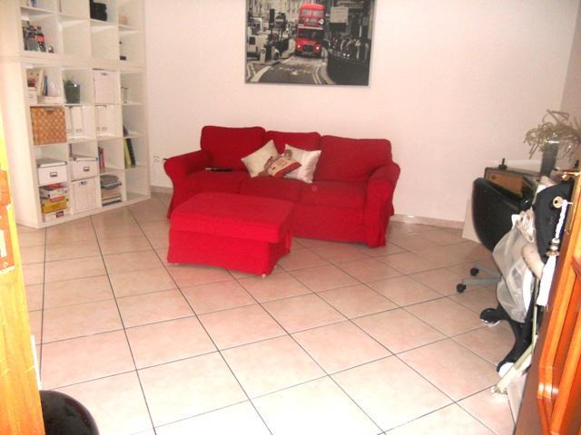 Appartamento in vendita a Salerno, 2 locali, zona Località: GIOVI, prezzo € 170.000 | Cambiocasa.it
