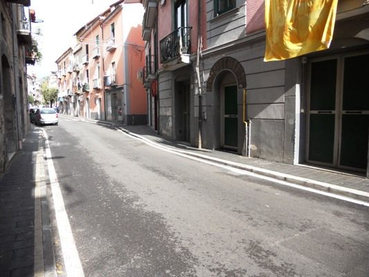 negozio  in Affitto a Salerno