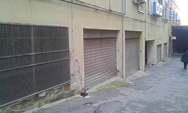 garage-Box-posto auto  in Affitto a Salerno