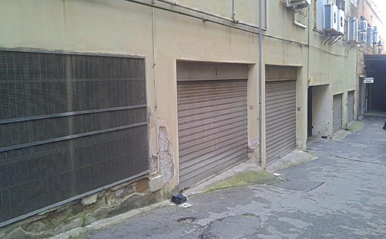 garage-Box-posto auto  in Affitto a Salerno