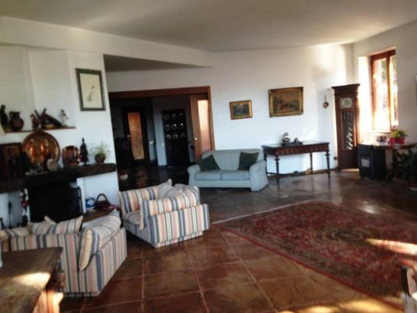 Villa in vendita a Salerno, 14 locali, zona Zona: Sala Abbagnano, Trattative riservate | CambioCasa.it
