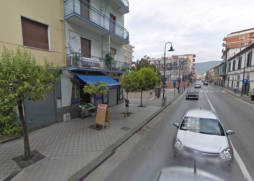 Negozio / Locale in vendita a Pontecagnano Faiano, 4 locali, zona Zona: Pontecagnano, Trattative riservate | CambioCasa.it
