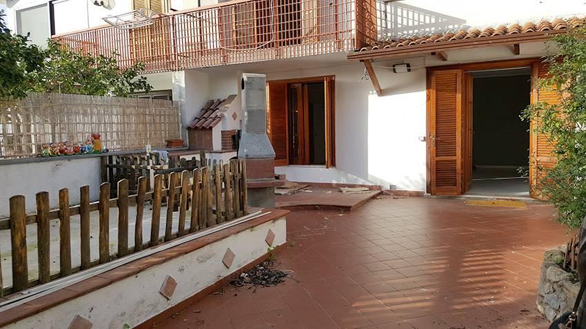 Villa a Schiera in Vendita a San Mango Piemonte