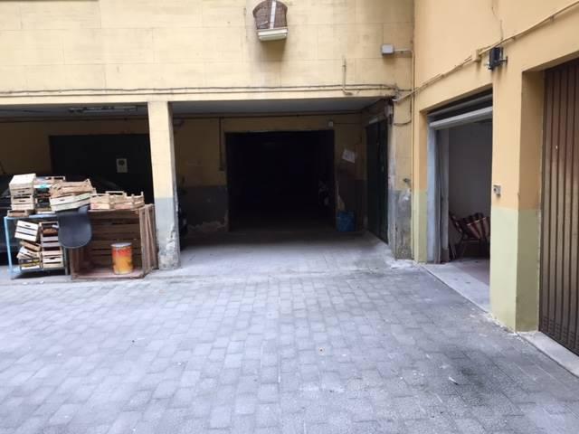 Box / Garage in affitto a Salerno, 1 locali, zona Zona: Centro, prezzo € 430 | CambioCasa.it