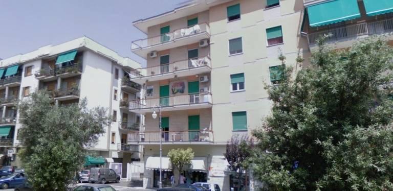 Box / Garage in vendita a Salerno, 1 locali, zona Zona: Pastena, Trattative riservate | CambioCasa.it