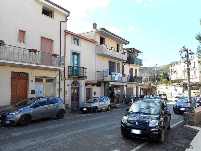 Appartamento in vendita a Camerota, 6 locali, Trattative riservate | CambioCasa.it