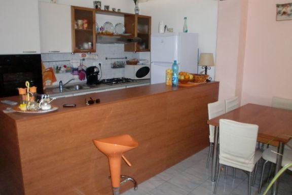 Soluzione Indipendente in vendita a Agugliano, 3 locali, prezzo € 120.000 | Cambio Casa.it