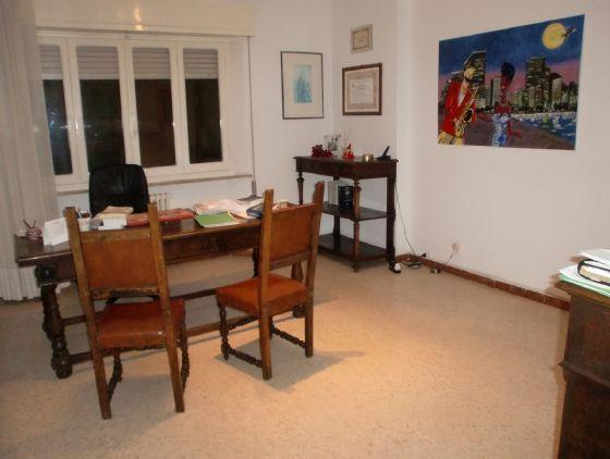 Appartamento in vendita a Falconara Marittima, 4 locali, prezzo € 98.000 | CambioCasa.it